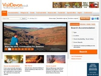 AAA 18160 Discover Devon - Hotels and Guides
